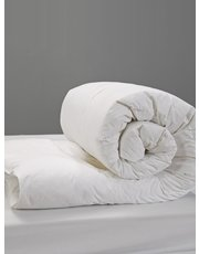 Julian Charles goosefeather down 10.5 tog duvet
