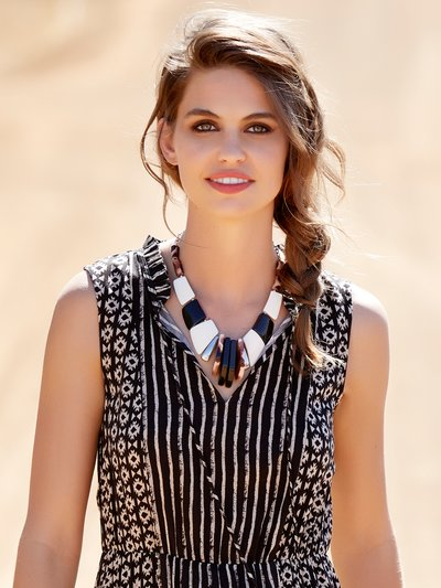 Tortoise bead statement necklace
