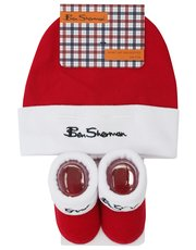 Ben Sherman hat and booties set