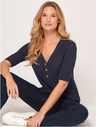 Button front jumper
