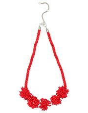 Muse pom pom necklace