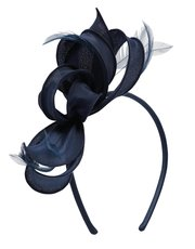 Loop and feather fascinator