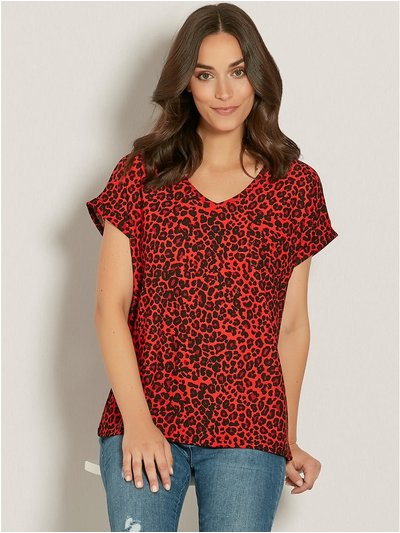 Animal print v neck pocket t-shirt