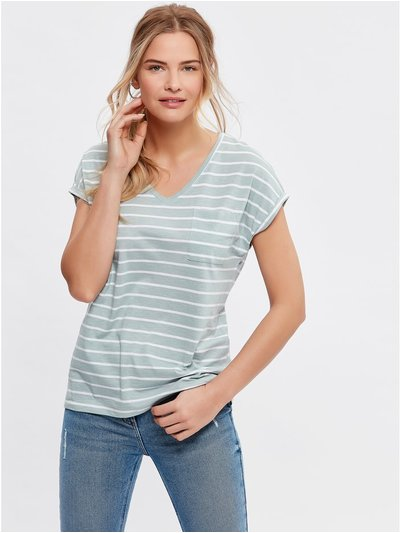 V neck striped t-shirt