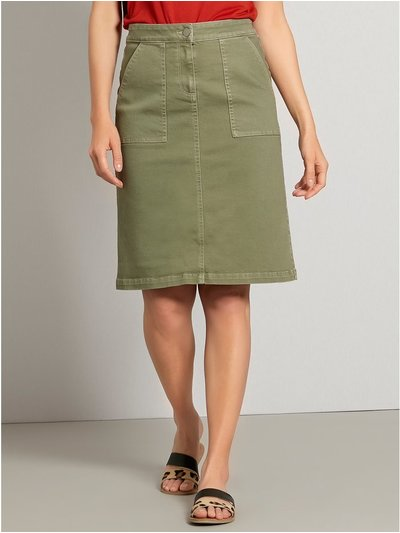 Pocket front skirt