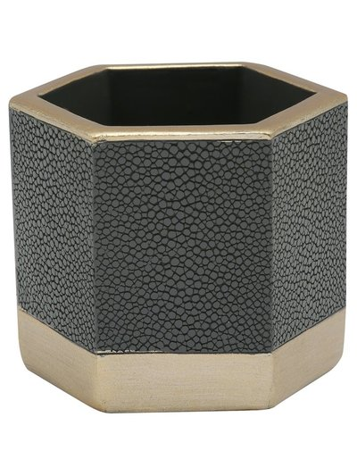 Small hexagonal pot