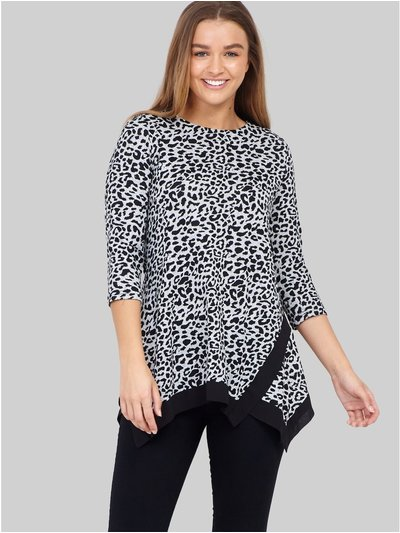 Izabel animal print hanky hem top