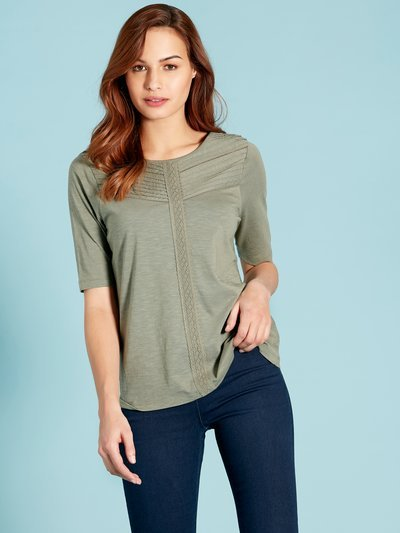 Chevron pintuck top
