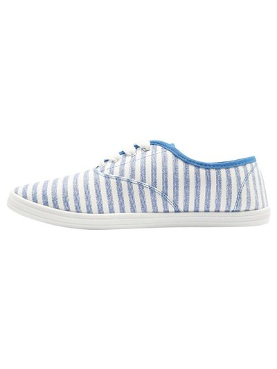 Florida lace up canvas trainer