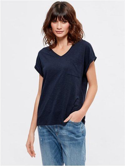 V neck chest pocket t-shirt