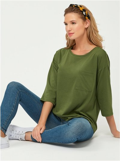 Scoop neck pocket top