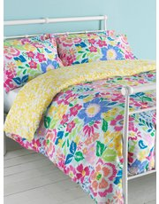 Bold flower print duvet set
