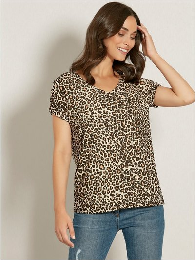 Leopard print v neck pocket t-shirt