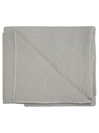 Diamond quilted bedspread