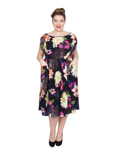 Scarlett and Jo plus floral pocket dress