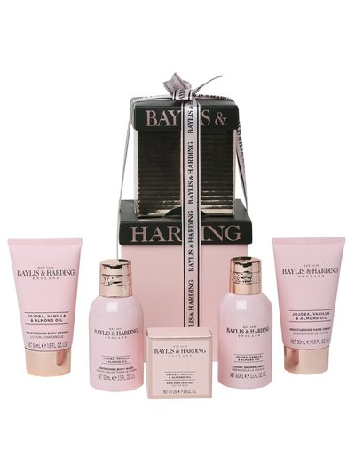Baylis and Harding mini gift set