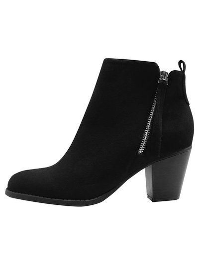 Apprentice diagonal side zip ankle boot