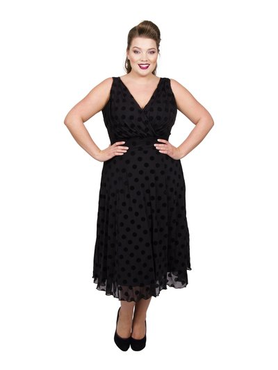Scarlett and Jo plus velvet marilyn midi dress