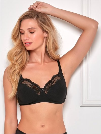 Non-wired lace trim soft bra