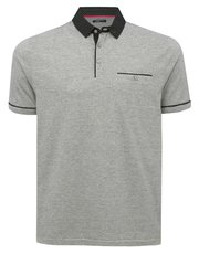 Spot collar polo shirt